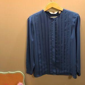 Fun vintage blouse